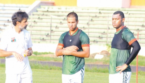 Salahuddin hopes of ending trophy drought
