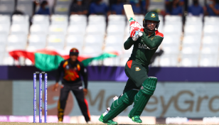 Bangladesh crush PNG to reach Super 12s of T20 World Cup
